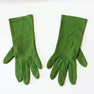 Accessories - Green Vintage Gloves Wrist Length Gloves
